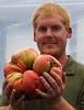 Giant Gardening tomato heaviest record photo